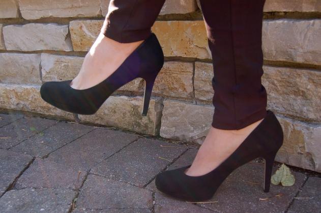 suede heels, black pumps, classic black pumps, shoes, heels, banana republic