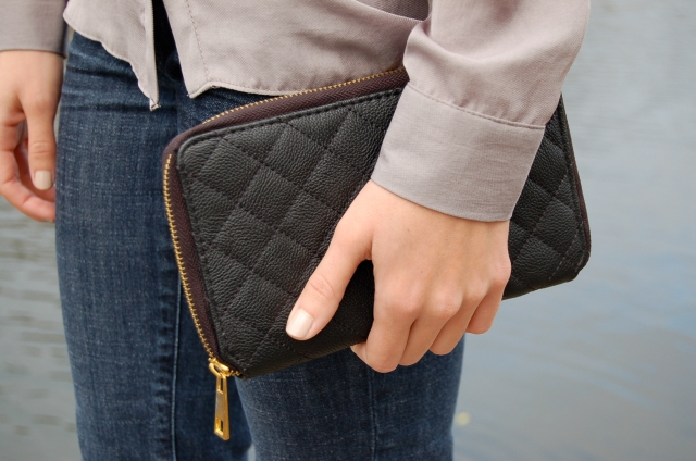 black clutch, quilted clutch, forever 21 clutch