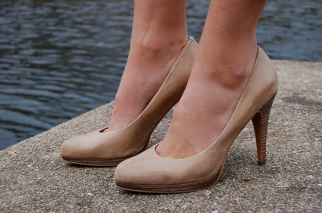heels, nude pumps, nine west pumps, nine west nude heels
