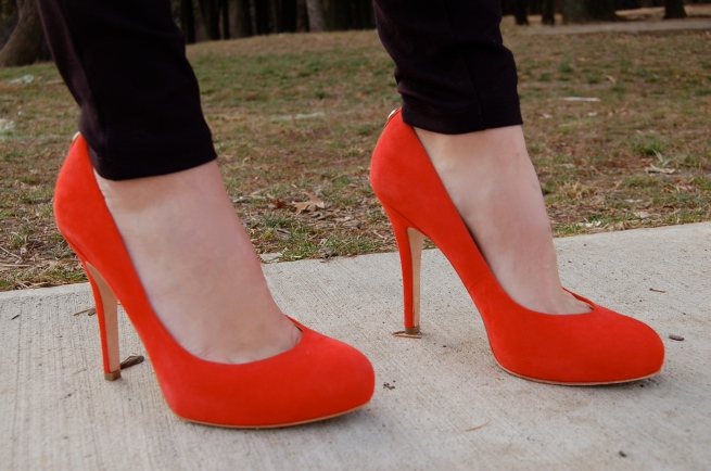 suede pumps, red pumps, ivanka trump pumps
