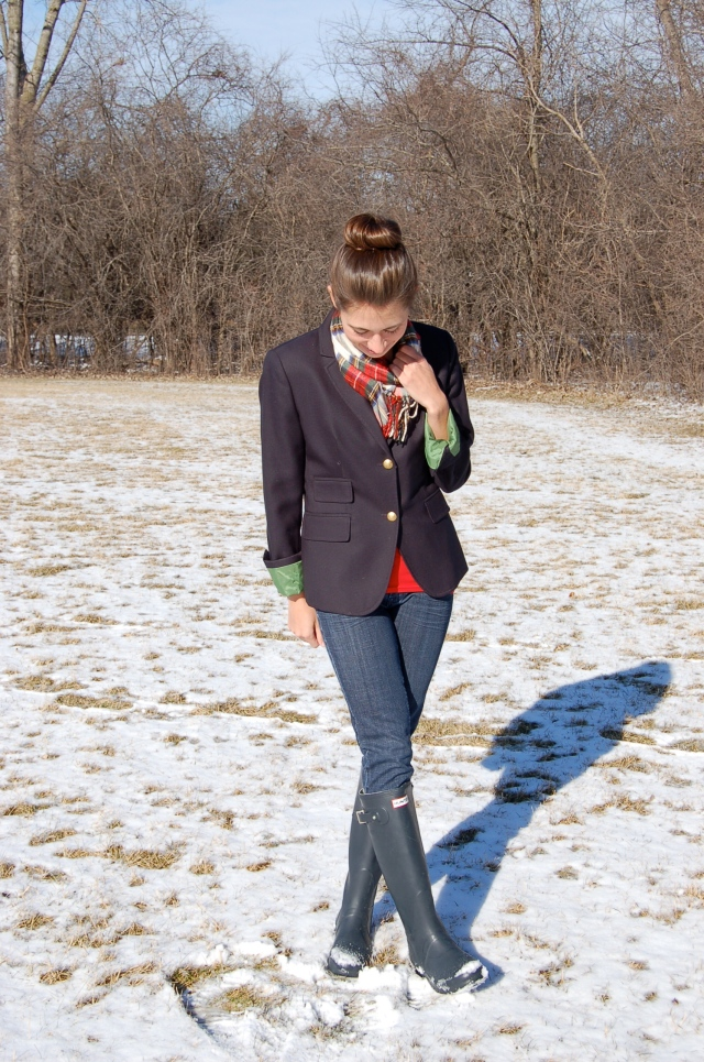 blazer and plaid scarf, blazer and wellies, hunter wellie boots, preppy winter outfit