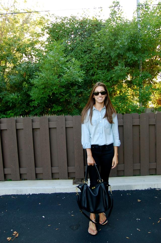 jcrew chambray shirt, simple outfit, jcrew toothpick black jeans, jcrew brompton hobo
