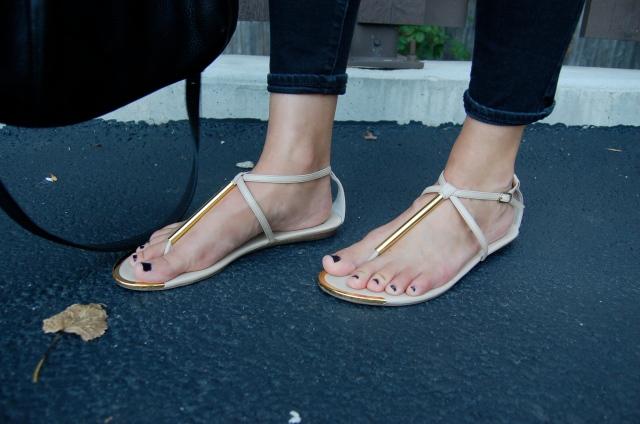 simple sandals, dolce vita sandals
