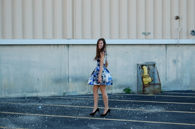 black and blue floral dress, simple floral dress, floral dress outfit
