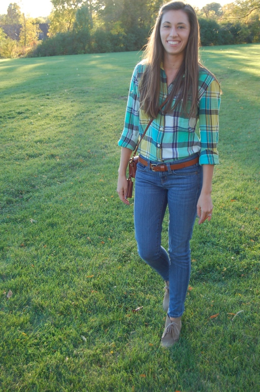 jcrew plaid shirt, simple plaid shirt outfit, plaid shirt outfit for fall, plaid shirt for fall