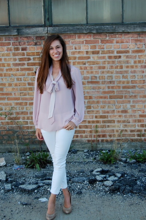 blouse with tie at neck, simple outfit, simple style, white jeans and pink blouse