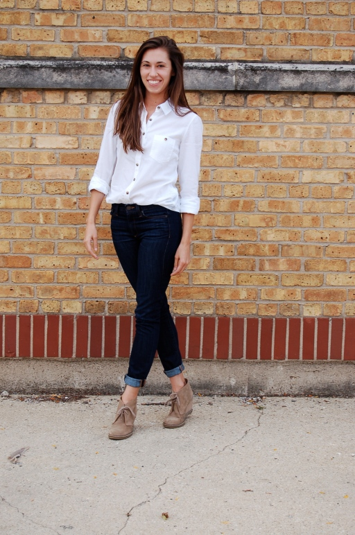 simple outfit, white button up and jeans, button up white shirt outfit, simple white shirt outfit, booties